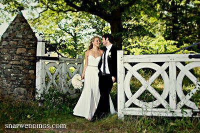 What a wonderful picture from Snap! of Katie and Dominic's wedding! More to come…..