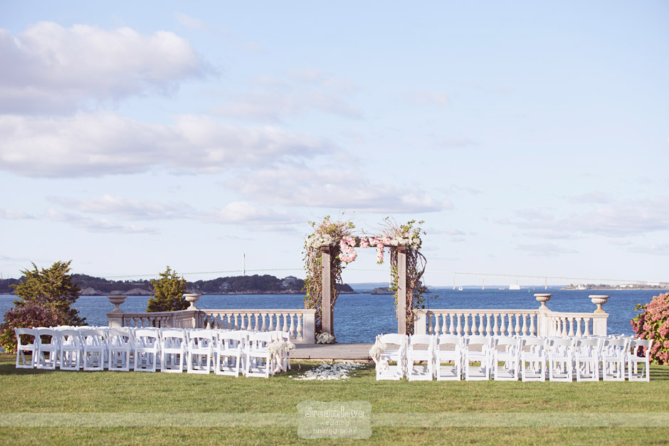 castle hill natural wedding photography 029 Castle Hill Inn Newport, RI Natural Wedding Photography on the Coast