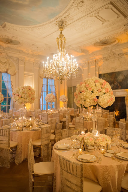 Quintessential Rosecliff Wedding