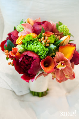 Such Rich Colors for This Wedding at Lord Thompson Manor!