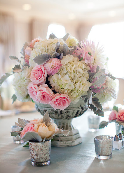 Pretty in pink and gray. Succulents, succulents!