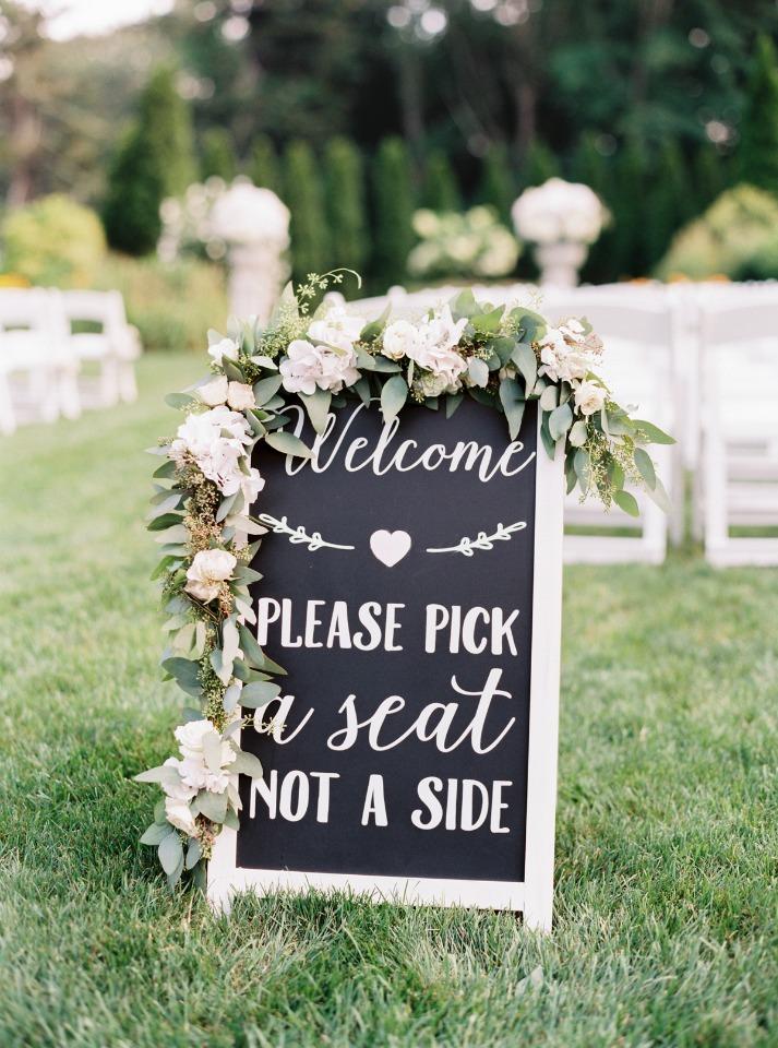 Chic welcome wedding chalkboard