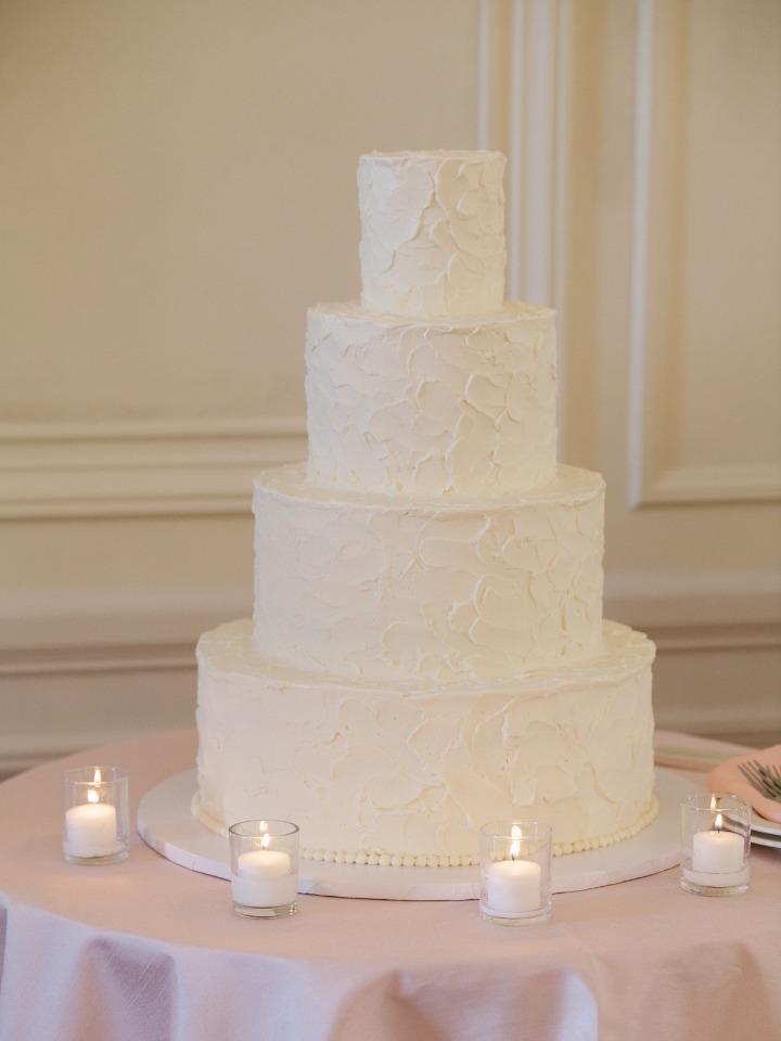 Simple and elegant white wedding cake