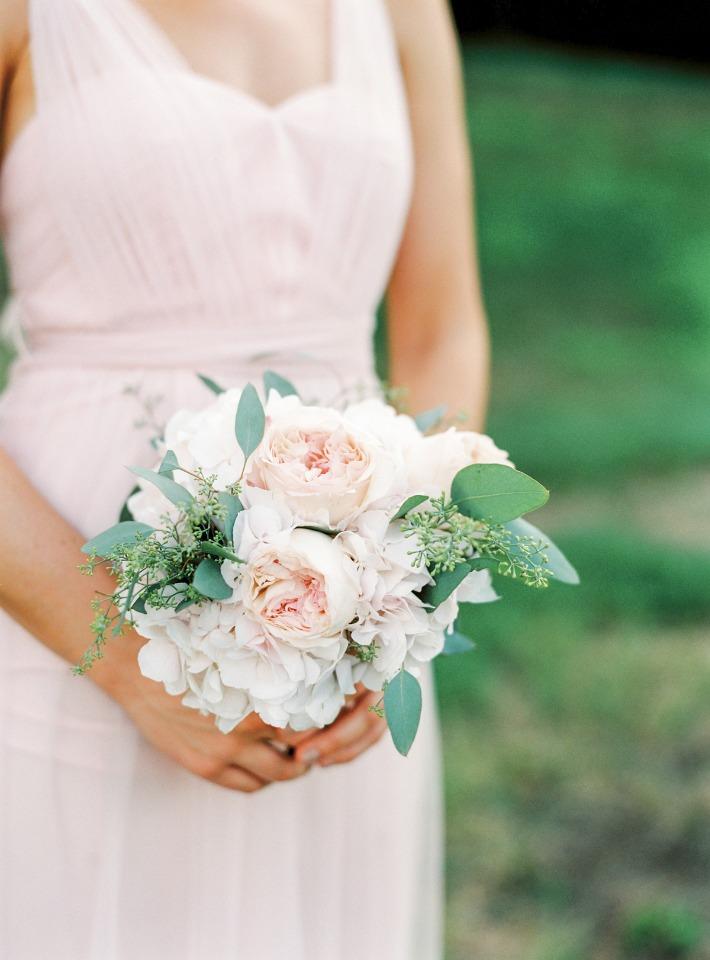Blush bridesmaid bouquet