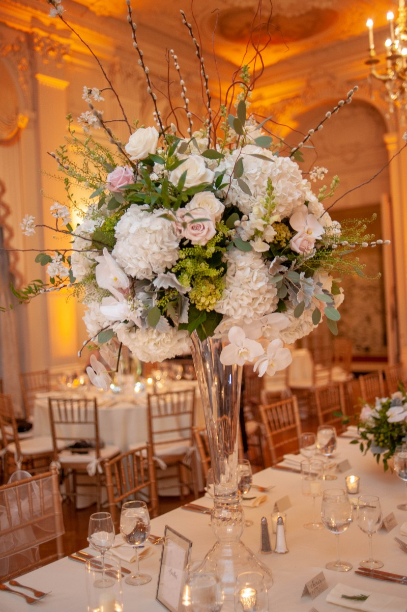 A few images from a recent wedding at Rosecliff