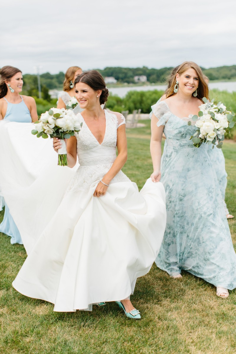 Maggie and Jake's gorgeous wedding has been featured on Style me Pretty!