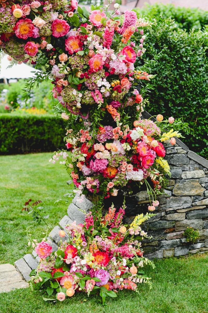 Sayles Livingston Design Ceremony Florals